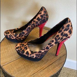 Rachel Roy Leopard pumps